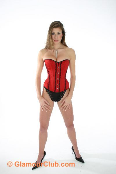 Maria Eriksson red basque